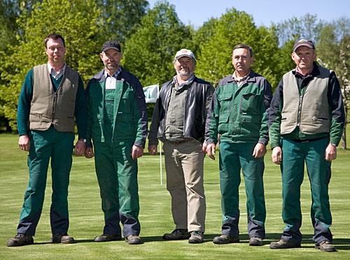 v.l.: A. Fischer, W. Gröne, J. Poo, W. Altergot, R. Bahmeier (verantwortlicher Greenkeeper)